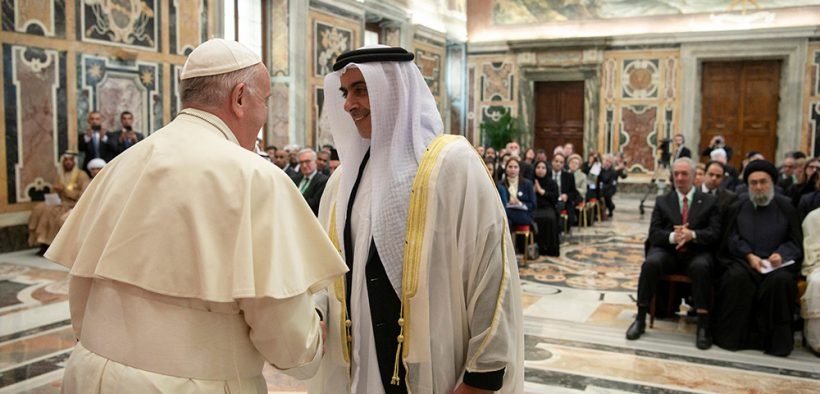 POPE CHILD DIGNITY VATICAN